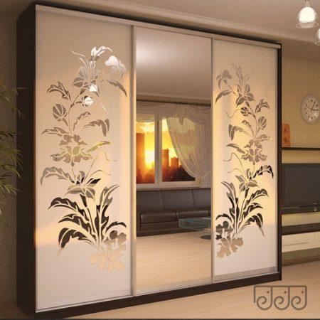 Шкаф-купе комбинированный зеркало-рисунок